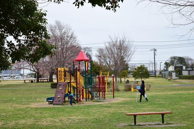 松伏記念公園 子供の遊具施設