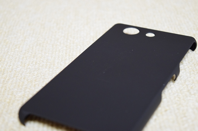 Xperia Z3 Compact(SO-02G) シェルカバー ラバー ブラック 質感