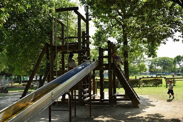 しらこばと運動公園アスレチック遊具