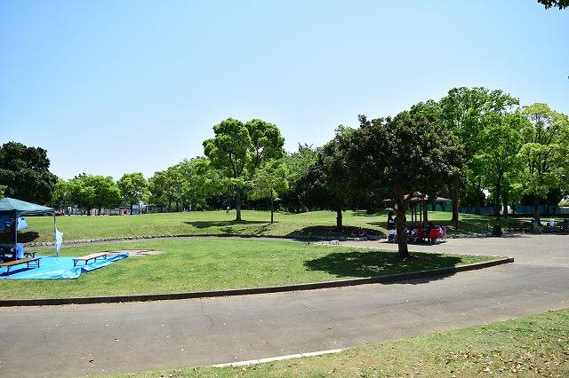 しらこばと運動公園キャンプ場