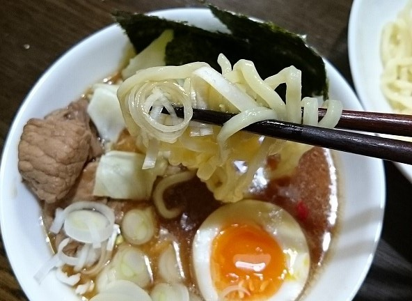 マルちゃん正麺 つけ麺 豚骨醤油