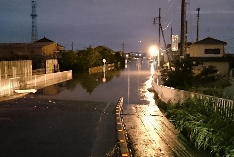 大雨 越谷市 冠水